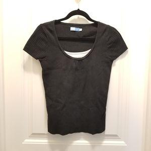 Scoop neck knit tshirt black
